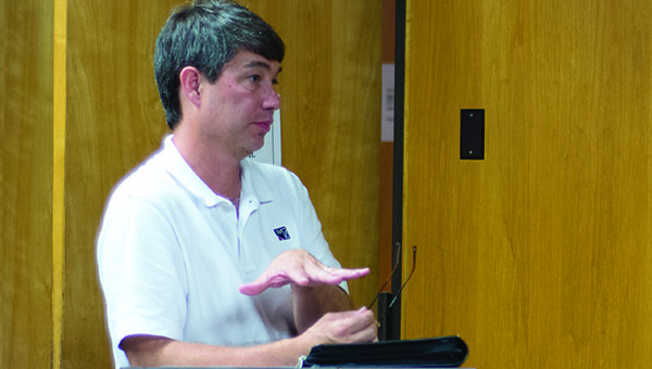 DAILY LEADER / KATIE WILLIAMSON /  Mike McKenzie, city engineer, speaks at the Board of Aldermen meeting on Tuesday.