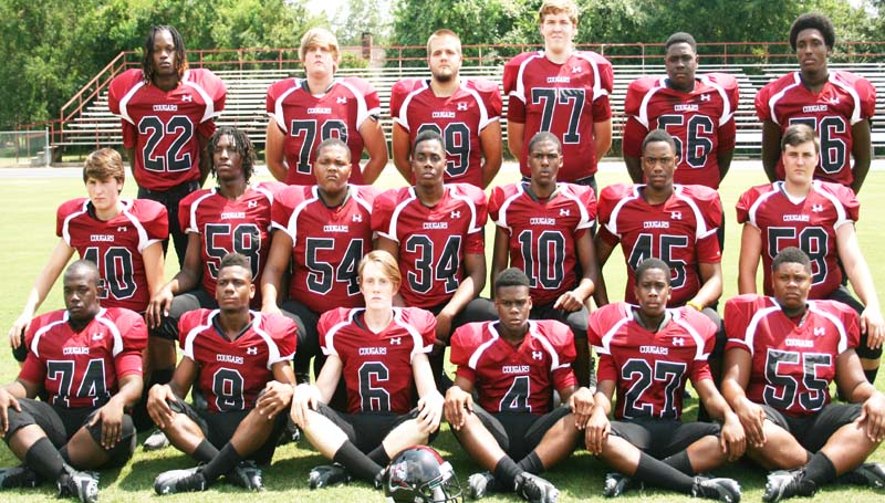 DAILY LEADER / MARTY ALBRIGHT / LCHS ELDERS - Seniors playing football for the Lawrence County Cougars are (from left, front row) Victor McInnis, LaDerrick McCray, Duke Tanksley, Jarius Snell, Zach Bridges, Jaylin Madison; (middle row) Marty Russell, Anthony Davis, Randy Haynes, Cedric Rhodes, Jerod Barnes, Damian Doughty, Toi Jones; (back row) Keith Davis, Jesse Hedgepeth, Noah McLaurin, Kenric Grandberry and Paul Carter. Not pictured: Kody Smith.