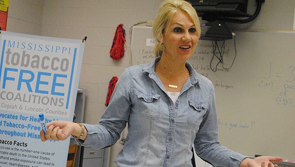 DAILY LEADER / JULIA V. PENDLEY / Lori Carter works to make connection with students throughout Lincoln and Copiah counties.