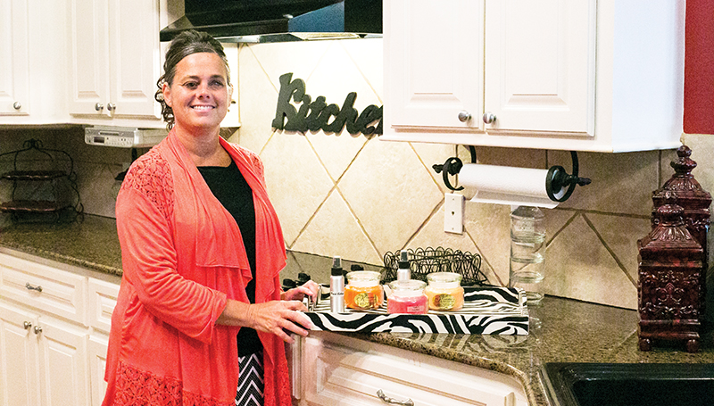 The fact that Kim Prather lost her sight has not affected the vision she has for pleasing others and creating comfy homes with her line of homemade candles, Kimmie's Highly Scented Candles.