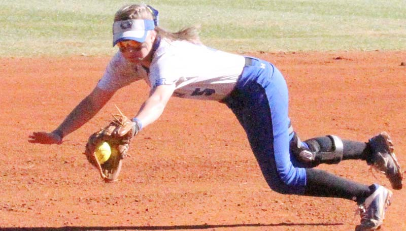 Co-Lin Media / Christian Johnston /  Co-Lin shortstop Mackenzie Byrd makes the diving catch in Wednesday JUCO softball action against Hinds.