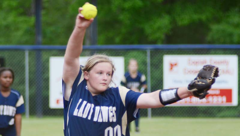 Daily Leade / Marty Albright / Franklin County's Emilee Wallace pitches the win against Wesson Monday night.