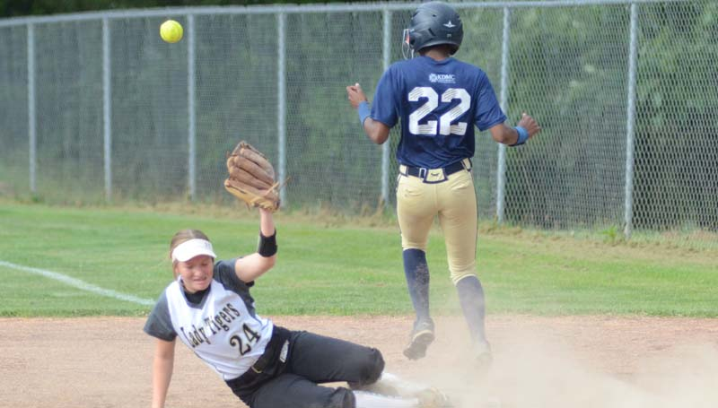 Daily Leader / Marty Albright / Bogue Chitto's Zariah Matthews (22) reaches first base safely as Ethel's second baseman Brooklyn Whitman (24) was unable to make the play Monday.