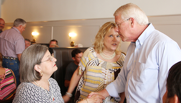 Photo by Alex Jacks/Rep. Becky Currie (R-Brookhaven) introduces Brookhaven Ward 4 Alderman Shirley Estes to United States Sen. Roger Wicker Wednesday during lunch at Betty's Eat Shop in downtown Brookhaven.