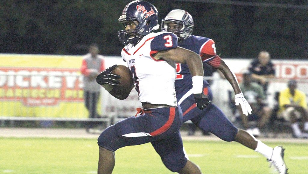 Photo by Laurel Leader-Call/Ole Brook running back Kenneth Dixon will need to continue to produce if the Panthers hope to make noise in division play.