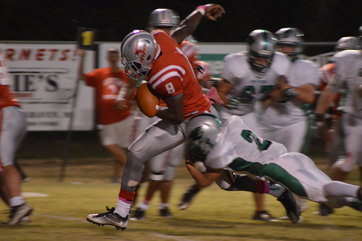 Photo by Chris King/Loyd Star's Michael Harvey makes the touchdown run in Friday's game against the West Lincoln Bears.
