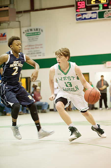 Photo by Teresa Allred/West Lincoln's Karlton Byrd tries to get past a Bogue Chitto Bobcat Thursday night.